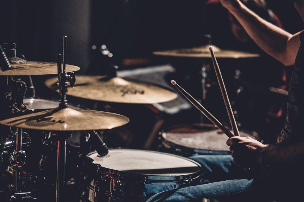 drums, set, people